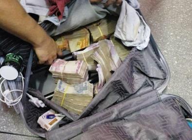Porto Seguro: Seis homens são presos em aeroporto com malas cheias de dinheiro