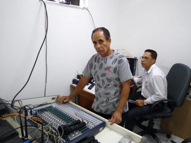 A Câmara Municipal de Itapetinga moderniza toda sua aparelhagem de som