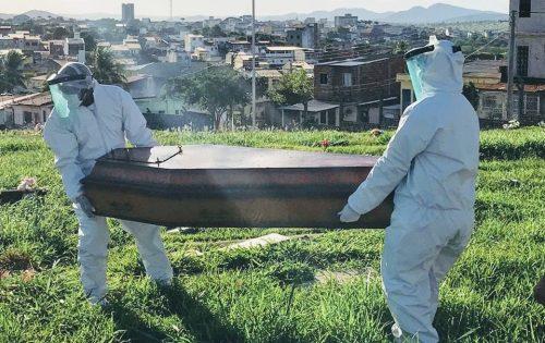 Itapetinga: Idoso morre com suspeita de COVID-19 e é sepultado em caixão lacrado