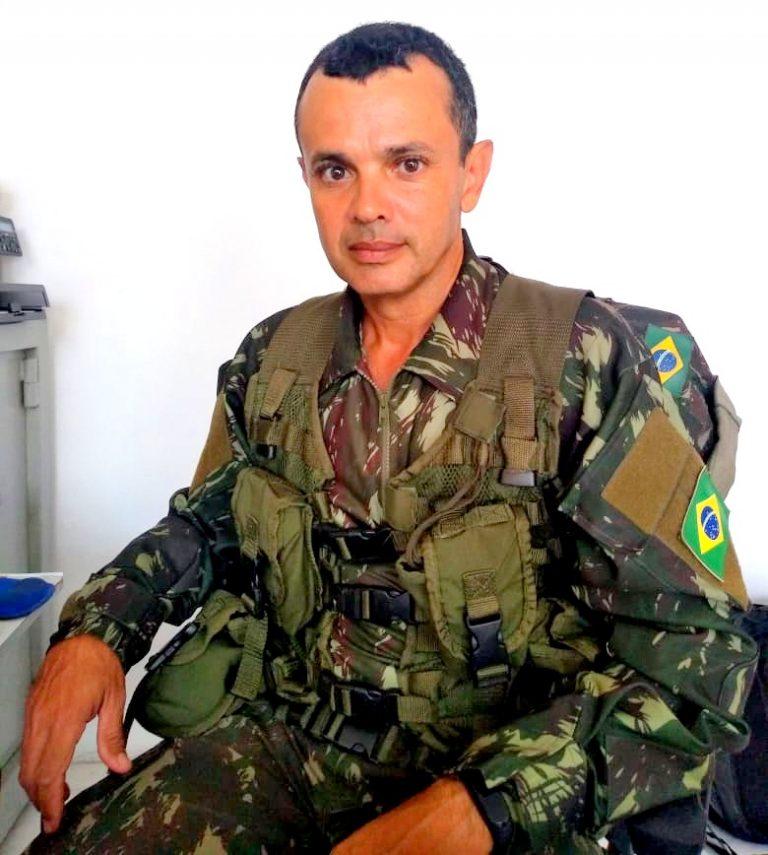 Aniversário do chefe de instrução do Tiro de Guerra de Itapetinga subtenente Schultz