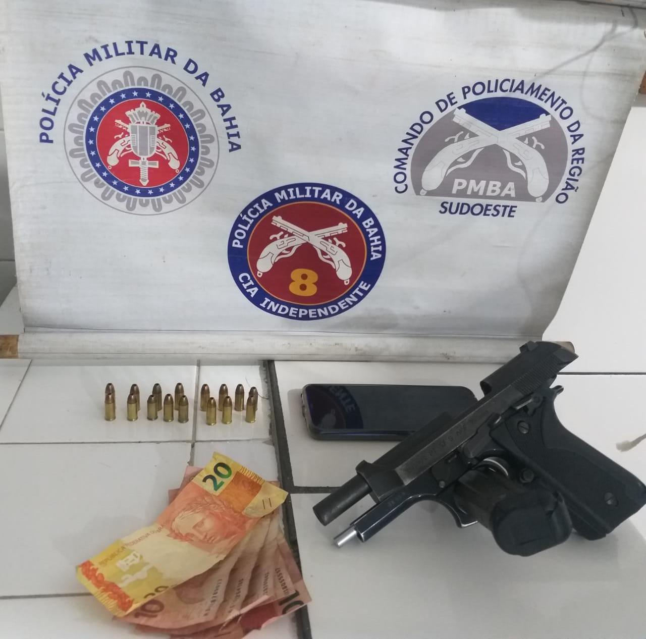 Itapetinga: ROTAM apreende arma de fogo e conduz homem ao complexo policial