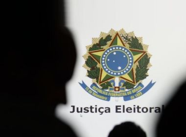 Adiamento de eleições não anula inelegibilidade de candidatos condenados em 2012, diz MPE