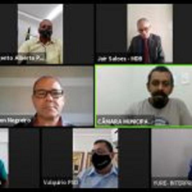 Itapetinga: A Sessão virtual desta quinta-feira, 10 de setembro, teve como convidado o poeta Valdeique Oliveira