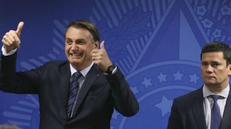 'Triunfo da velha política', diz Moro após Bolsonaro falar fim da Lava Jato