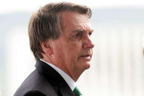 MP pede afastamento de Bolsonaro da gestão da pandemia