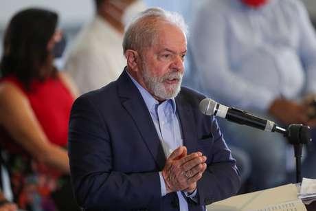 Lula viaja pelo Brasil para filiar políticos ao PT