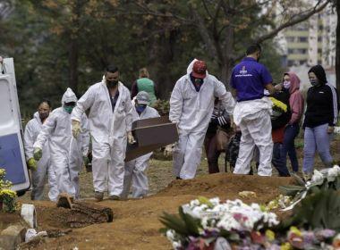 Brasil passa Reino Unido em mortes por Covid por 100 mil habitantes pela 2ª vez