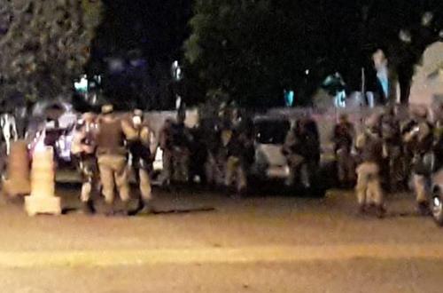 Mais 3 assaltantes de banco morrem em confronto com a polícia