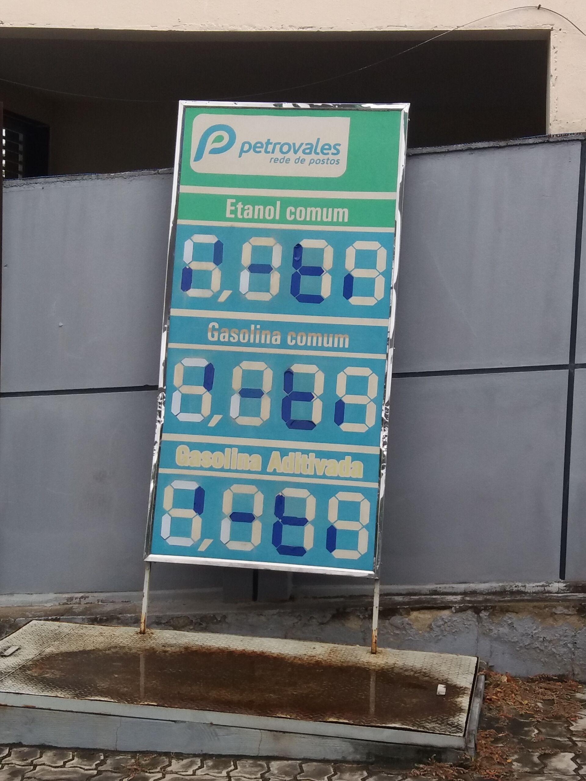 Preço da gasolina explode e litro chega a custar até R$ 6,07 em Itapetinga