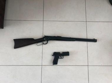 Prefeito de cidade da Bahia é detido por posse ilegal de armas após operação da PF