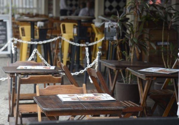 Restaurantes acionam Justiça pedindo a estados e municípios indenização por fechamentos