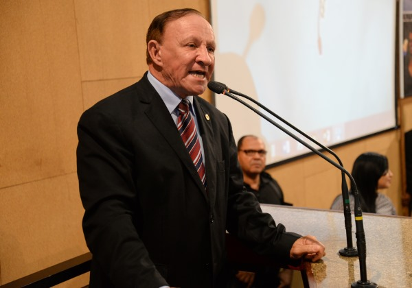 Deputado estadual Carlos Ubaldino sofre infarto