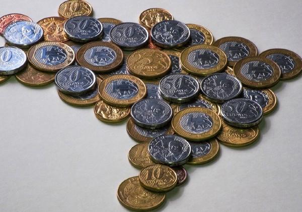 Brasil tem 30 milhões de pessoas recebendo até um salário mínimo; número é recorde